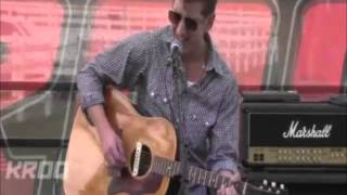 Alex Turner (Arctic Monkeys)  - Bigger Boys And Stolen Sweethearts Acoustic