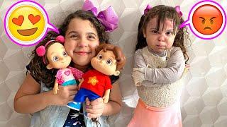 SARAH E ELOAH querem os mesmos bonecos da MARIA CLARA E JP