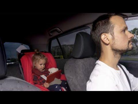 ¿Los Taxis deben de llevar sillas de coche para niños y bebes?