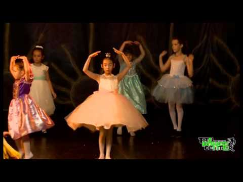Balet Incepatori - Dansul Printeselor | DO U SPEAK DANCE Showcase 2015 by Total Dance Center