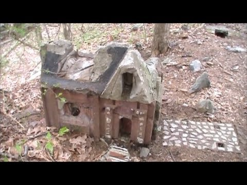 Metal Detecting The Abandoned Little People's Village