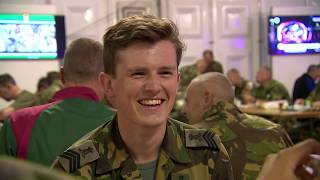 Vierdaagse Nijmegen 2019 - Wakker worden met de militairen