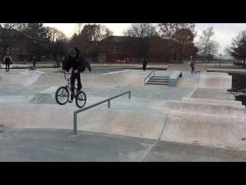 Knoxville Iowa skatepark