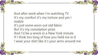 Chely Wright - Your Shirt Lyrics