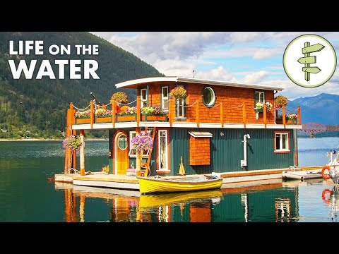 The Beautiful Floating Home of Jay Blackmore