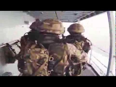 Royal Marines: демонстрация навыков абордажной команды