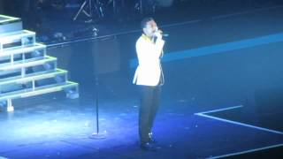 It's A Man's Man's World - Joshua Ledet - Live Tour Manila, 2012