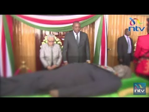 President Uhuru, DP Ruto, dignitaries views Moi's body at Parliament buildings