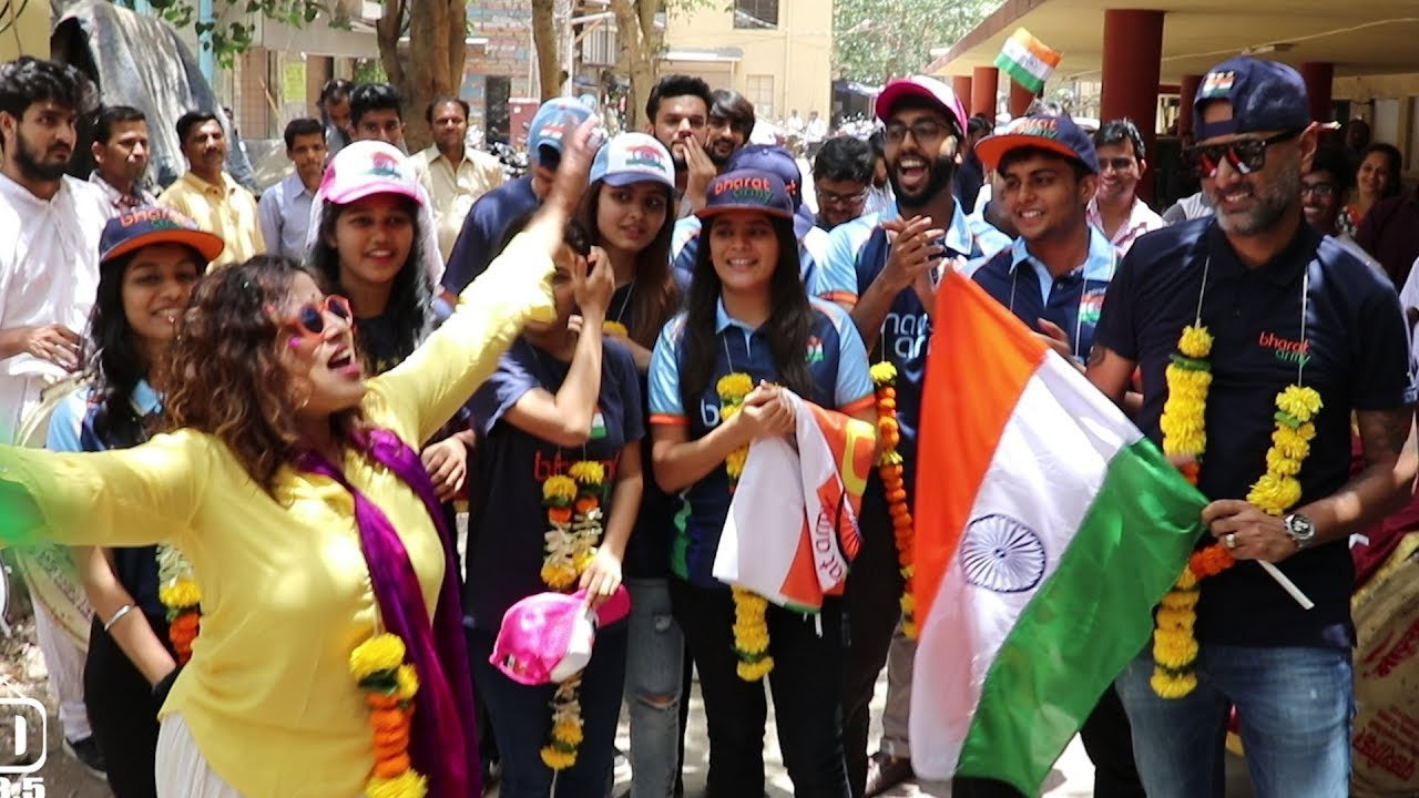 Suprise Welcome to Bharat Army The No.1 Indian Cricket Team Supporters
