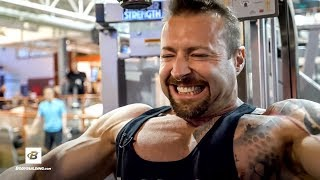 Kris Gethin's Killer Lower Chest Workout by Bodybuilding.com
