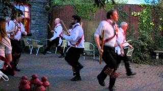preview picture of video 'Cardiff Morris dance Y Goron in Penllyn, 29th May 2012.'