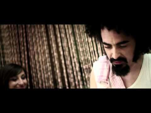, title : 'CAPAREZZA - La fine di gaia (Official Video)'