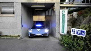 preview picture of video 'Lamborghini Gallardo Polizia Stradale in Hotel Stans-Süd'