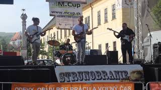Video Červený Bicykel - Blázon ( live )