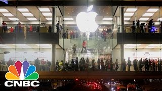 Apple EU Headquarters Could Move To Britain Following Back Tax Order | CNBC