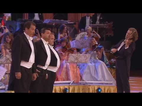 Andre Rieu Takes On the Glorious 'O Sole Mio