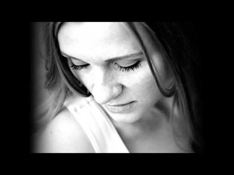 Amanda Davis - Tell Me