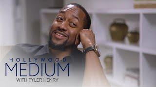 Jaleel White Breaks Down Over Costar's Death   Hollywood Medium with Tyler Henry   E!