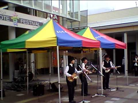 A taste of honey 2015 08 30  THE BLUE    THE BEATLES TRIBUTE BAND