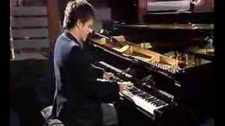 Jamie Cullum - What A Difference A Day Made
