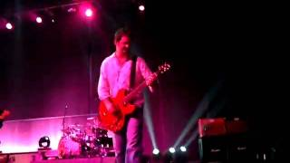 Miranda Lambert Justin Moore Josh Kelly singing Traveling band
