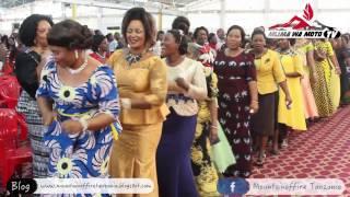 """Praise & Worship Team Ya Mlima Wa Moto Mikocheni """"B"""" Walivyomtukuza Yesu Siku Ya Jumapili 19 03 2017"""