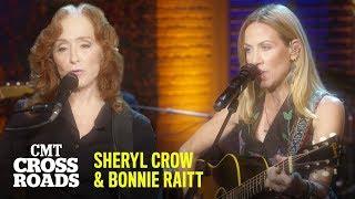 Sheryl Crow & Bonnie Raitt Perform