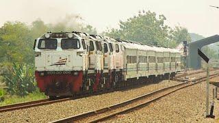 preview picture of video 'Kereta Api Kepala Tiga di Stasiun Jenar'