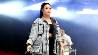 "Demi Lovato 911 call: Friend asks for ""no sirens"" from ambulance"