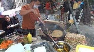 Уличная еда. Любимая лапша в трущобах - Жизнь в Китае #125