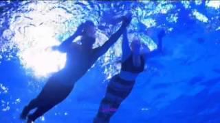 """Даниэль Пизер, Выступление Даниэль в тв-шоу """"ITV Splash"""" в роли русалки."""