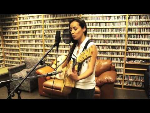 Leilani Wolfgramm - Rewind (Live! on WPRK's Local Heroes)