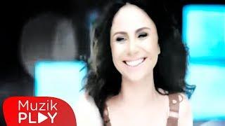 Betül Demir - Hop Dedik (Official Video)