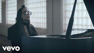 Allie X - Old Habits Die Hard (Piano Version)