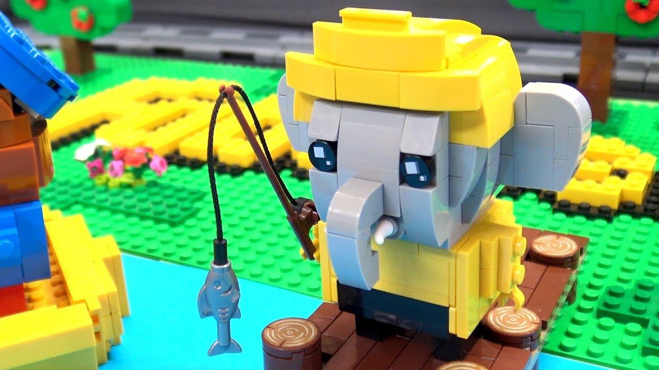 Custom LEGO Fabuland Brickheadz Village | Brickvention 2019