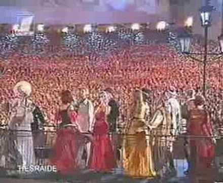 Lilioma Dziesma - Latviešu Dziesmu Svētki 2001