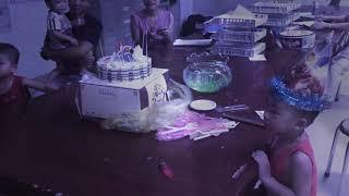 Bữa tiệc sinh nhật của cậu bệnh nhân nhỏ