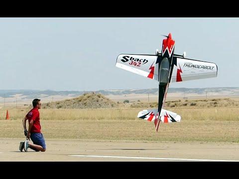 Pilot RC extra 330SC - Aerobertics - Video - Index Music