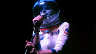 """Ariel Pink """"Picture Me Gone"""" LIVE @ Overpass 11.21.14"""