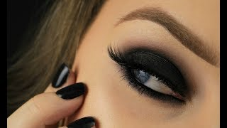 Simple Black Smokey For Beginners | Eimear McElheron