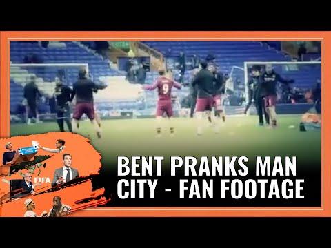 Lee Nelson  comedian Simon Brodkin jokes as footballer Jason Bent ... ea339428b