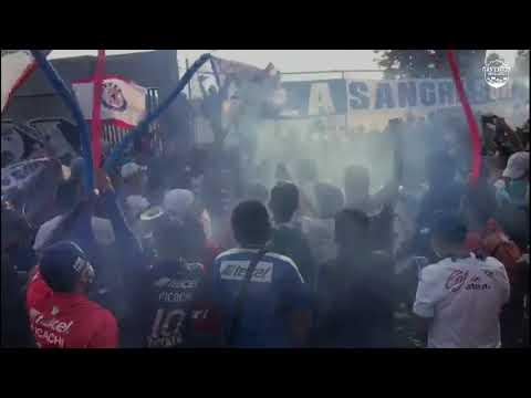 """""""Pasillo • La Sangre Azul • Cruz Azul vs Tigres"""" Barra: La Sangre Azul • Club: Cruz Azul"""