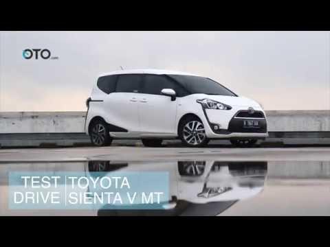 Test Drive Toyota Sienta V MT