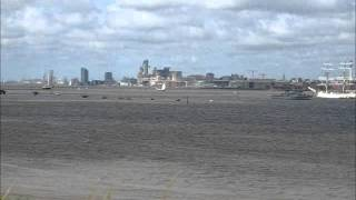 preview picture of video 'Tall Ships visit the River Mersey, July 2008'