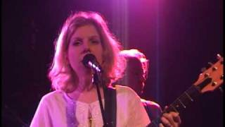 "Tanya Donelly @ The Paradise -""I'm Keeping You"""