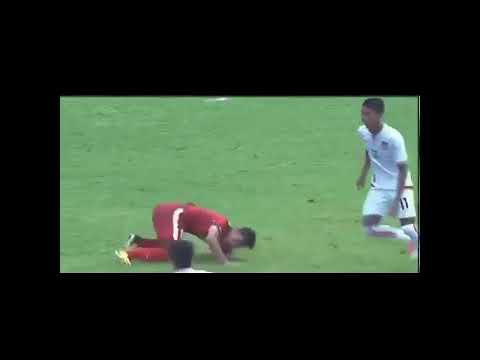 Skill,assist dan goal febri hariyadi versi lay lay lay