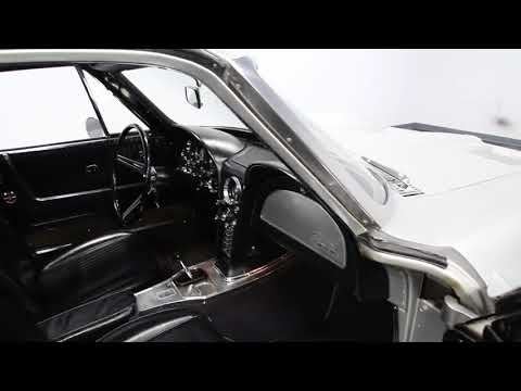 Video of '63 Corvette located in North Carolina Offered by Streetside Classics - Charlotte - LS59