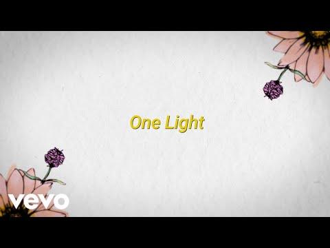 Maroon 5 – One Light ft. Bantu (Official Lyric Video)