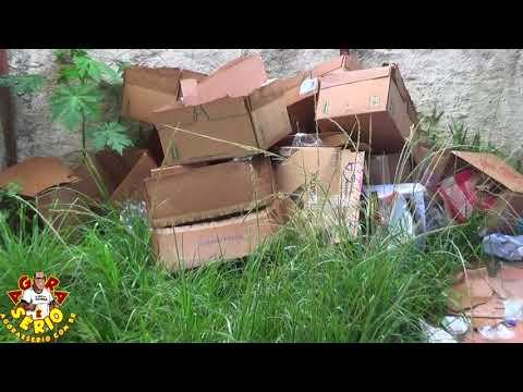 Mini lixão reciclado na Secretaria do Pouco Ambiente do Prefeito Ayres Scorsatto