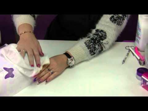 À quel sont dérangés le microorganisme végétal sur les ongles à bras